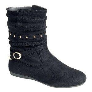 NWT Black Round-toe Member Boot